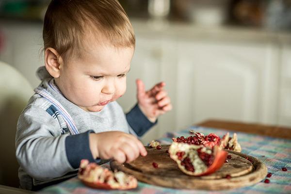 Гранат может вызывать у детей аллергию