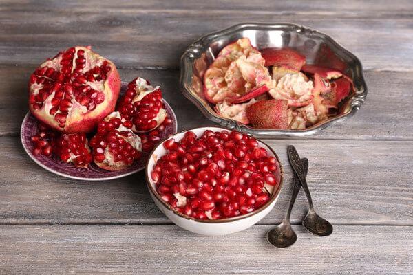 Гранаты - фрукт не только вкусный, но и полезный