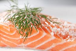 Красная малосольная рыба