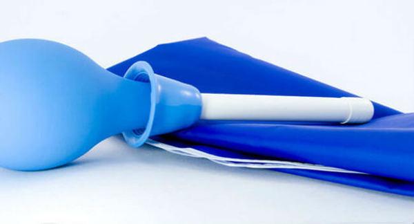 Клизмирование - один из методов борьбы с глистами