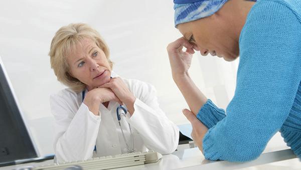 При признаках гельминтоза необходимо посетить врача