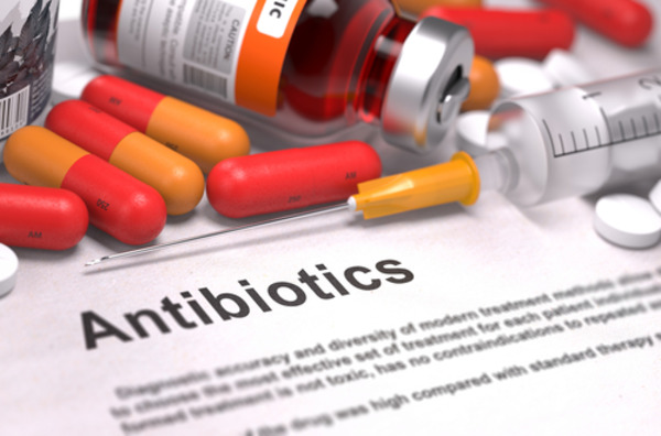 Антибиотики - мощное оружие против бактерий