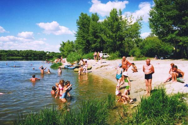 Купание в озере