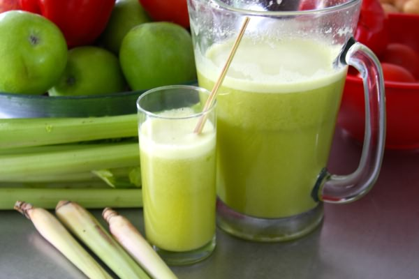 Сок сельдерея и петрушки от стафилококка