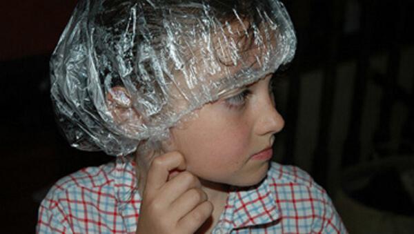Противопедикулезная обработка головы